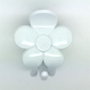 Soho® White Flower Hair Clip